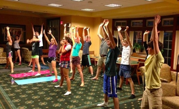 Throwback to my first week freshman year, when we enjoyed our downtime by doing yoga in the lobby of Read Hall!