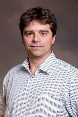 Dr. Marc Singer